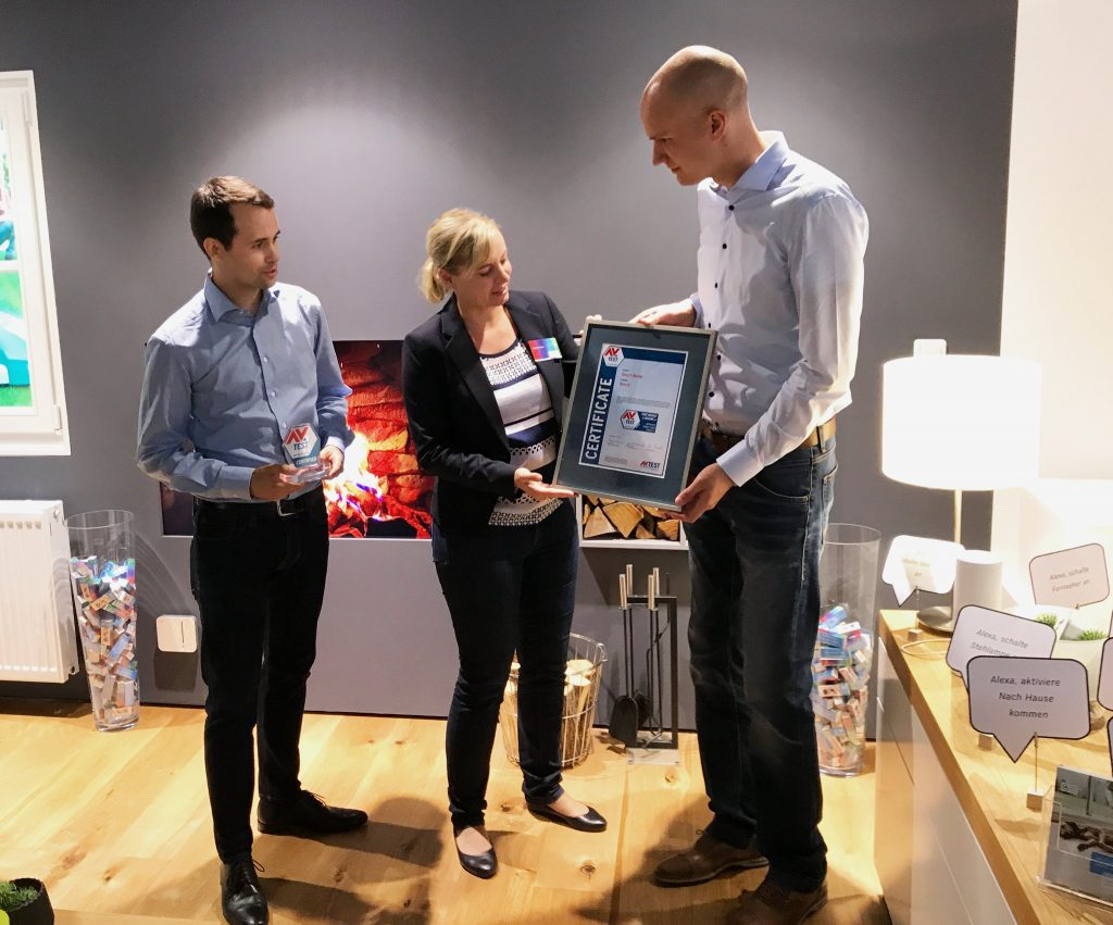 "AV-TEST awards Bosch Smart Home as ""Approved Smart Home Product"". Andrea Fluhr, Senior Communication Manager takes over the certificate."